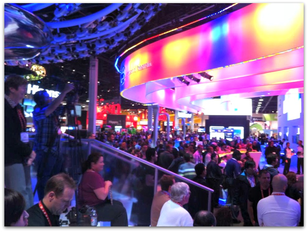 2013_01_10_CES05intelBooth